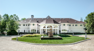 Homes of the Rich & Famous in Connecticut